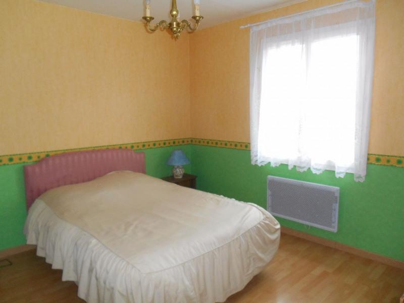 Sale house / villa Crevecoeur le grand 272000€ - Picture 6