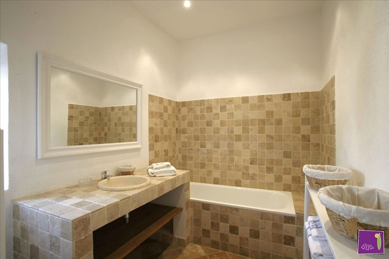 Deluxe sale house / villa Barjac 425000€ - Picture 7