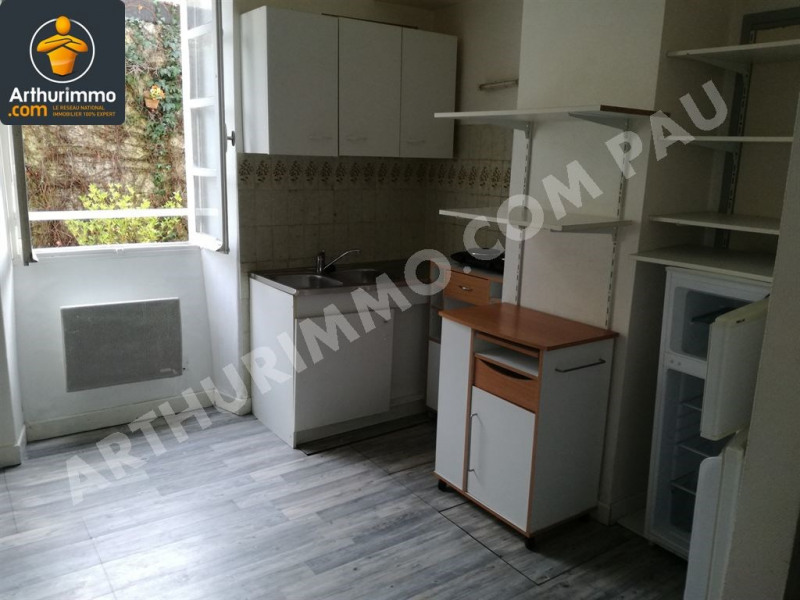 Location appartement Nay 370€ CC - Photo 1