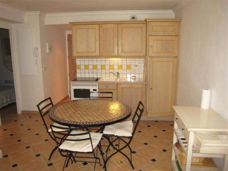 Vacation rental apartment Cavalaire 520€ - Picture 4