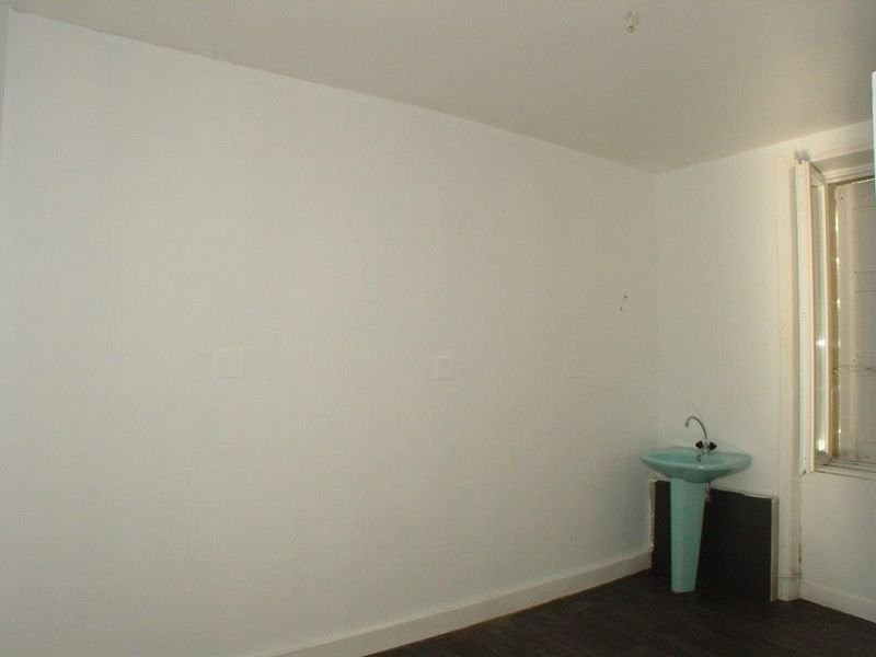 Location appartement Le chambon sur lignon 360€ CC - Photo 4