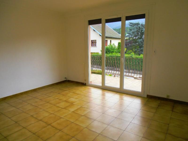 Location maison / villa Martignat 797€ CC - Photo 3