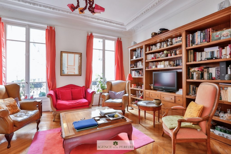 Deluxe sale apartment Paris 9ème 1 495 000€ - Picture 2
