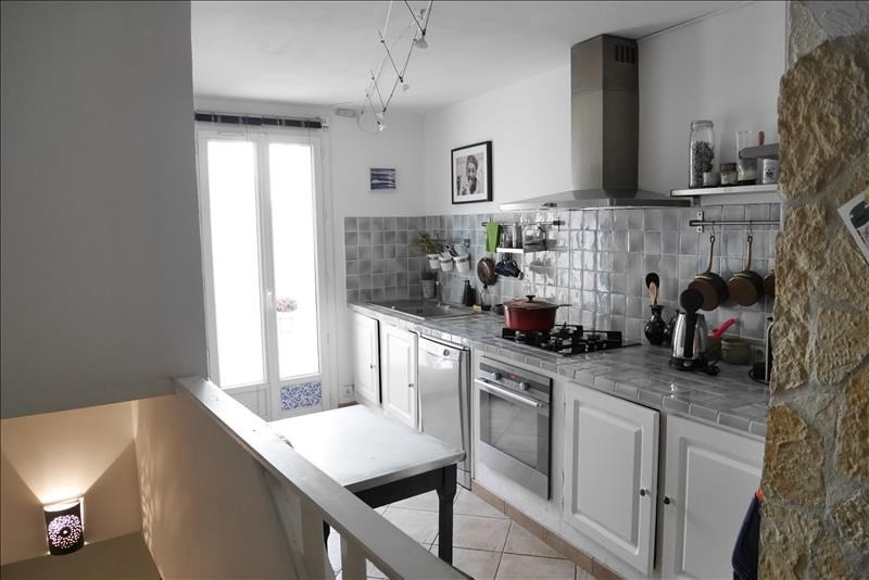 Sale apartment Trets 224900€ - Picture 1