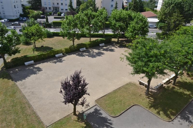 Sale apartment Ecully 155000€ - Picture 4