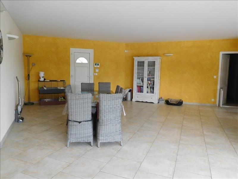 Sale house / villa Laruscade 339000€ - Picture 4
