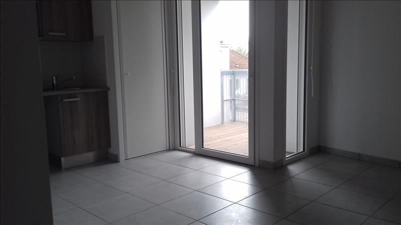 Location appartement Villenave d ornon 583€ CC - Photo 2