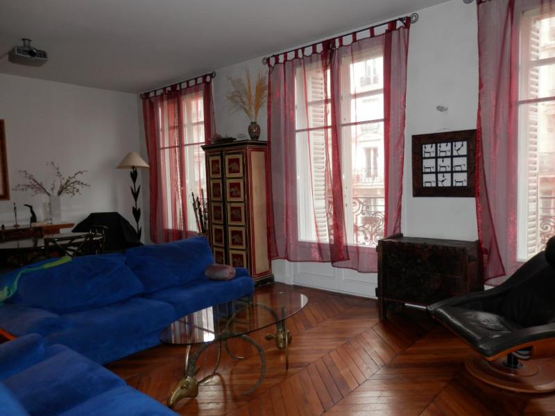 Revenda apartamento Paris 10ème 929999€ - Fotografia 2