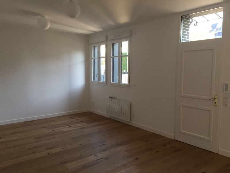 Sale apartment Laval 177 500€ - Picture 3