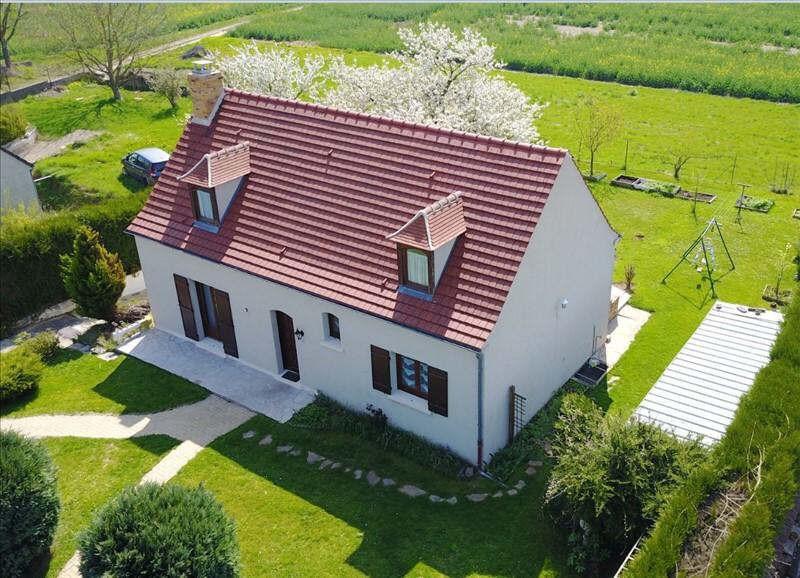 Sale house / villa Bornel 279000€ - Picture 1