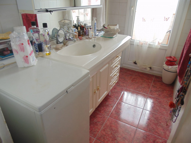 Sale apartment Grenoble 119 000€ - Picture 6