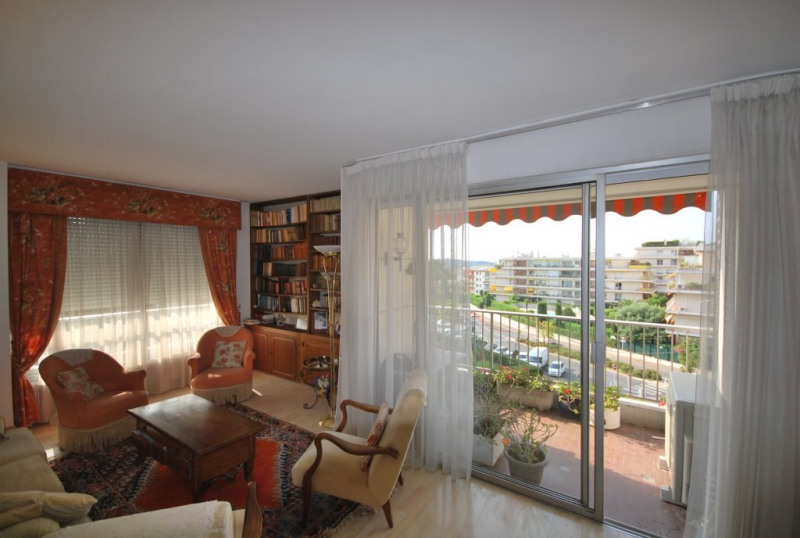 Sale apartment Antibes 315 000€ - Picture 4
