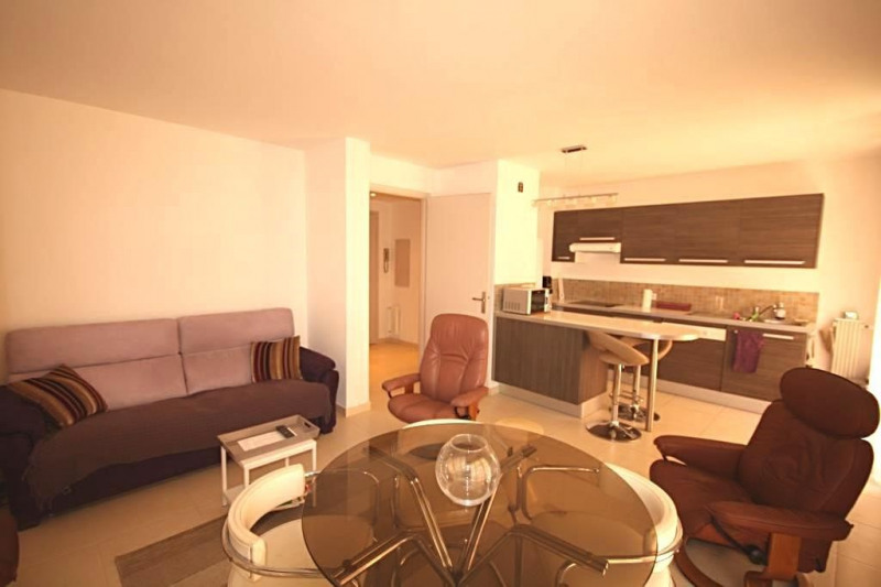 Vente appartement Juan-les-pins 210000€ - Photo 3
