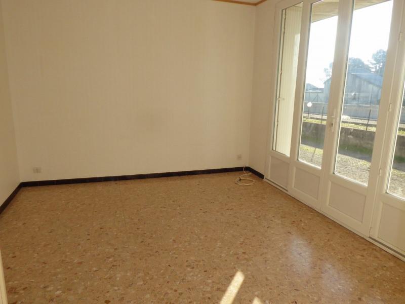 Location appartement Saint-étienne-de-fontbellon 535€ CC - Photo 4