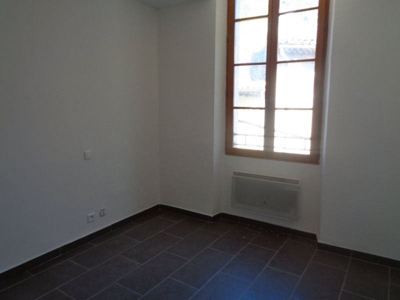 Sale apartment Salernes 75 000€ - Picture 4