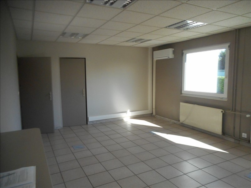 Rental office Voiron 700€ HT/HC - Picture 2