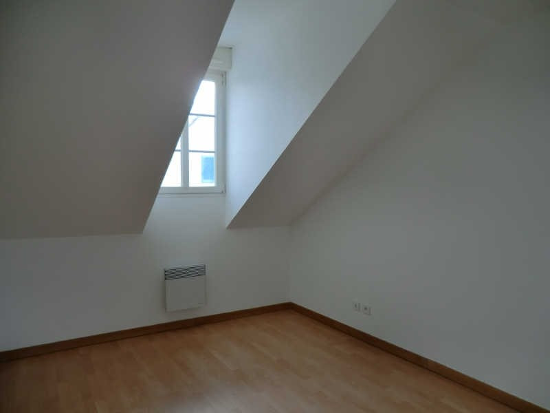 Rental apartment Coye la foret 755€ CC - Picture 4