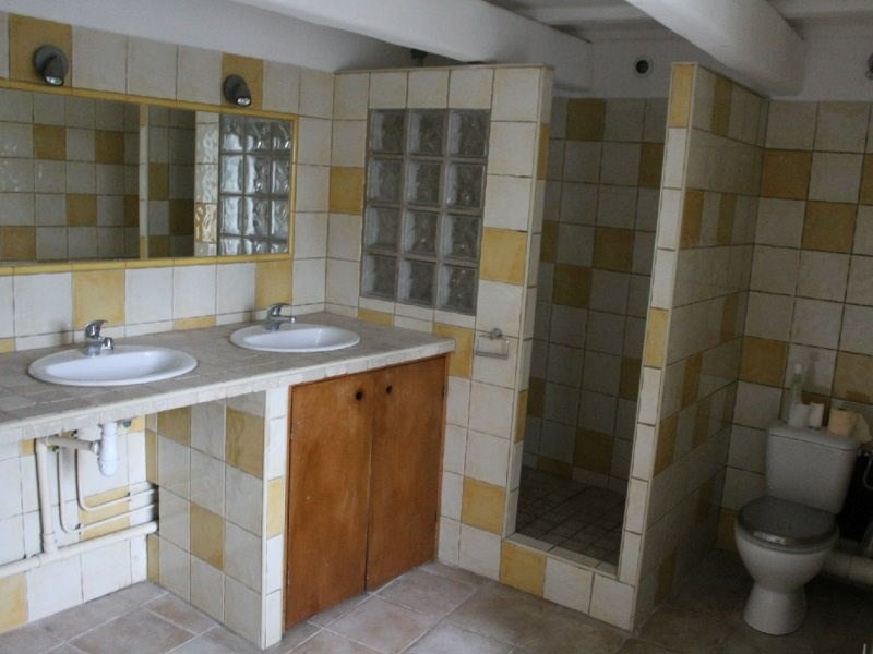 Location maison / villa Barbentane 640€ CC - Photo 2