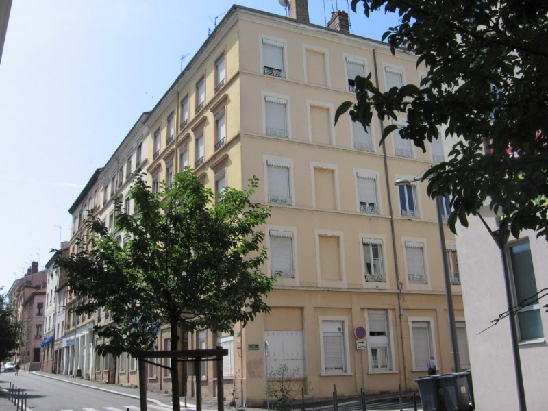 Location appartement Oullins 478€ CC - Photo 1