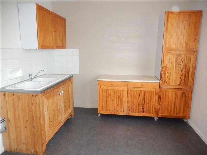 Location appartement Le puy en velay 576,79€ CC - Photo 1