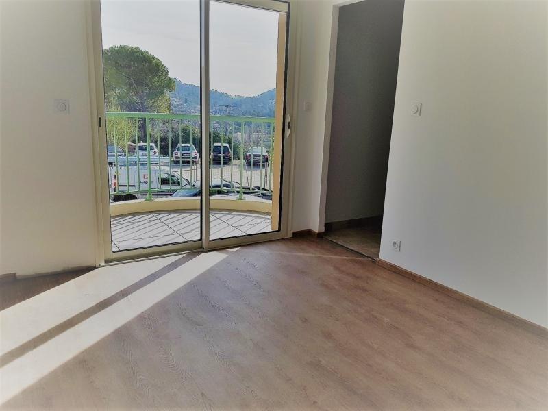 Rental apartment Callas 600€ CC - Picture 4