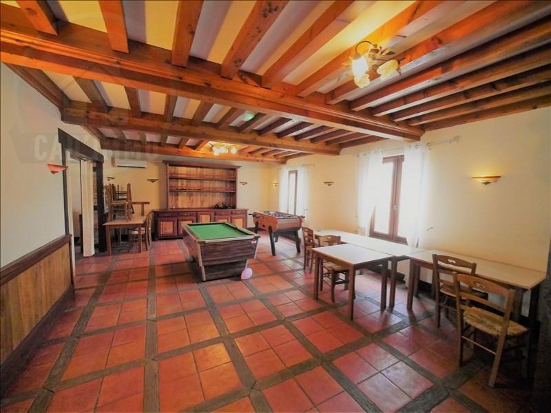 Sale house / villa St pierre d eyraud 328000€ - Picture 6