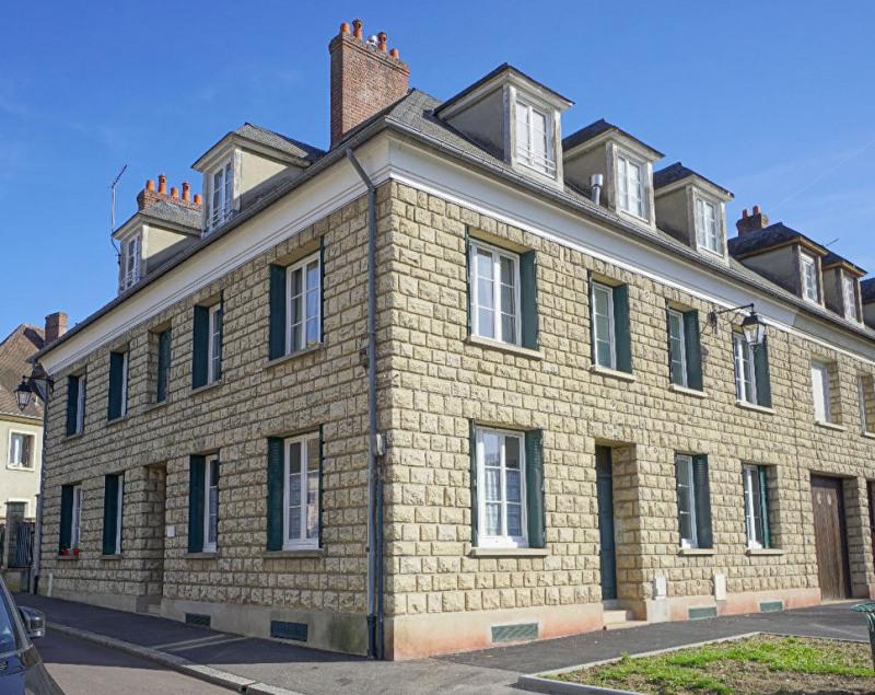 Sale building Les andelys 526000€ - Picture 1