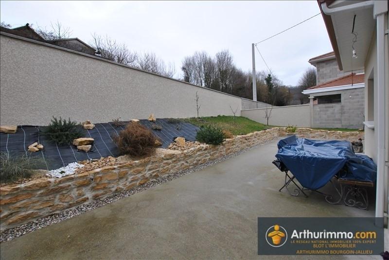 Sale house / villa Bourgoin jallieu 378000€ - Picture 7