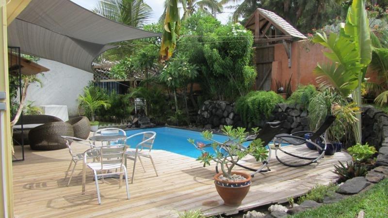 Deluxe sale house / villa St gilles les bains 850000€ - Picture 8