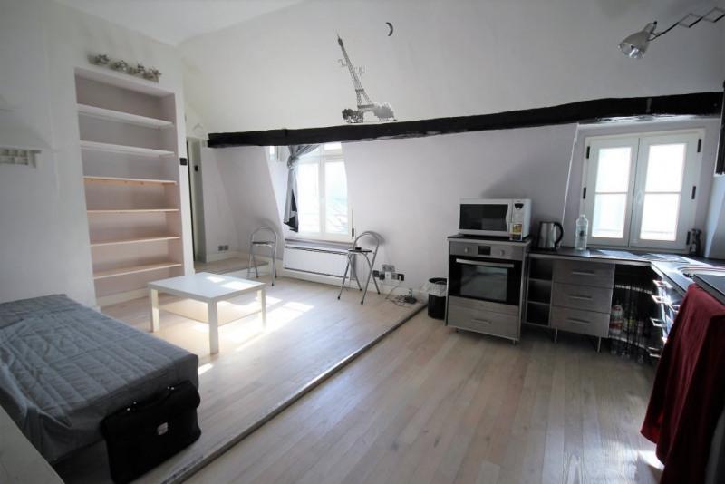 Rental apartment Paris 1er 1490€ CC - Picture 1
