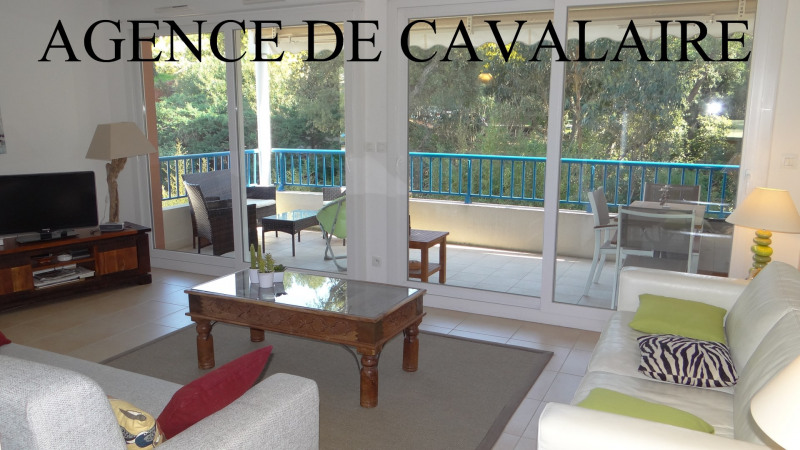 Sale apartment Cavalaire 364 000€ - Picture 1