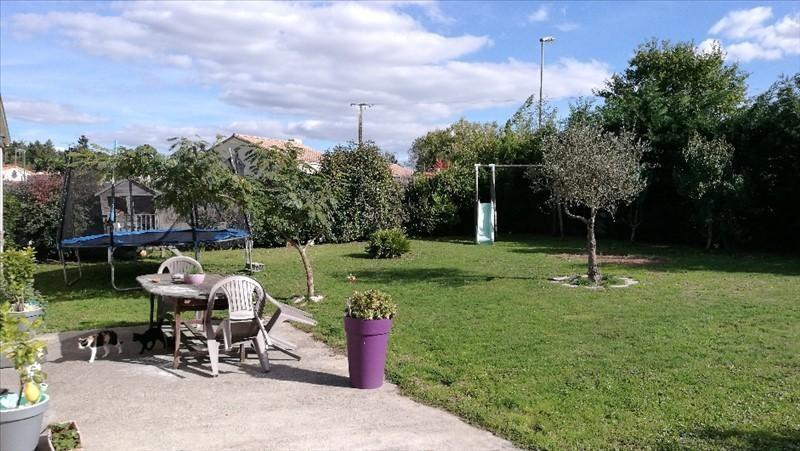 Vente maison / villa St etienne du bois 165584€ - Photo 5