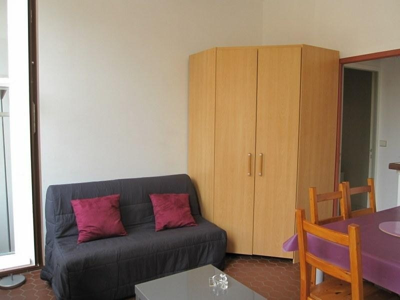 Location appartement Versailles 630€ CC - Photo 2