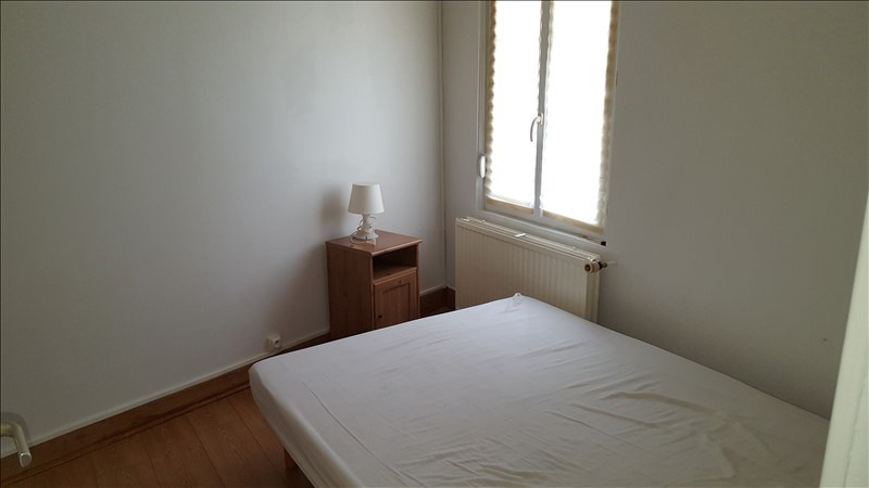 Rental apartment St quentin 510€ CC - Picture 2