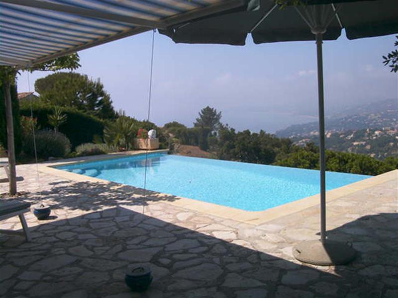 Vacation rental house / villa Les issambres 2 660€ - Picture 5