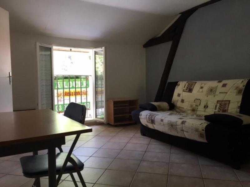 Location appartement Châlons-en-champagne 330€ CC - Photo 1