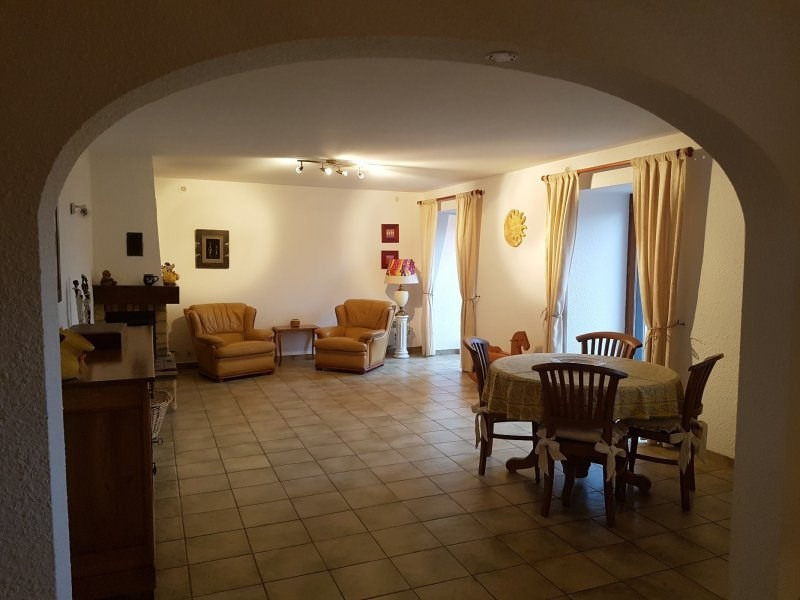 Vente maison / villa St laurent de chamousset 325 000€ - Photo 3