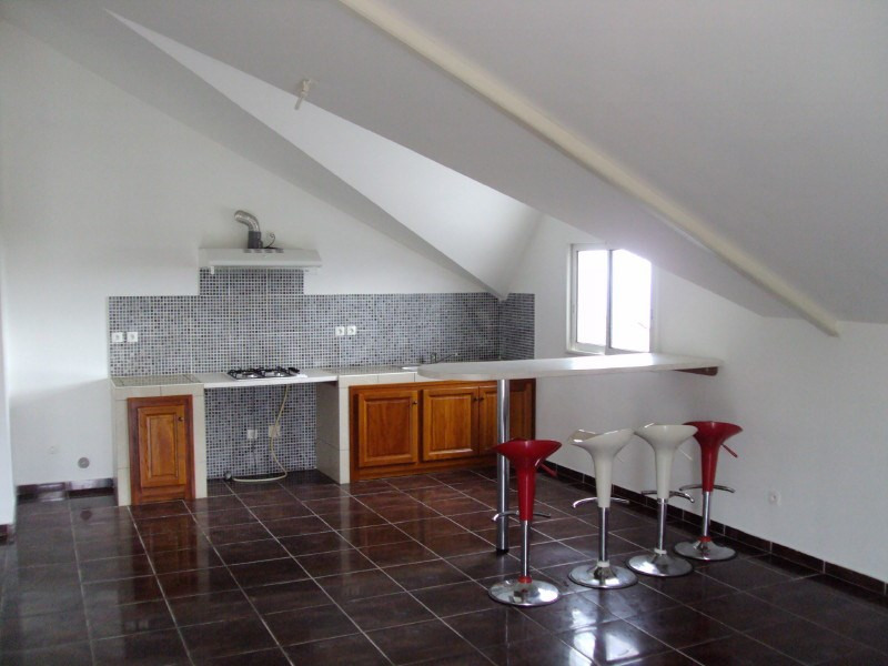 Location appartement Le tampon 600€ +CH - Photo 1