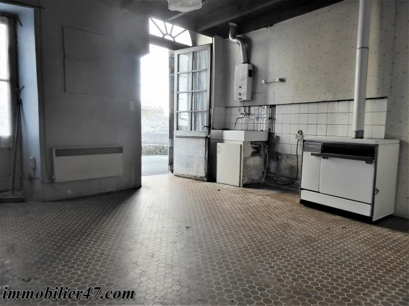 Sale house / villa Montpezat 39900€ - Picture 5