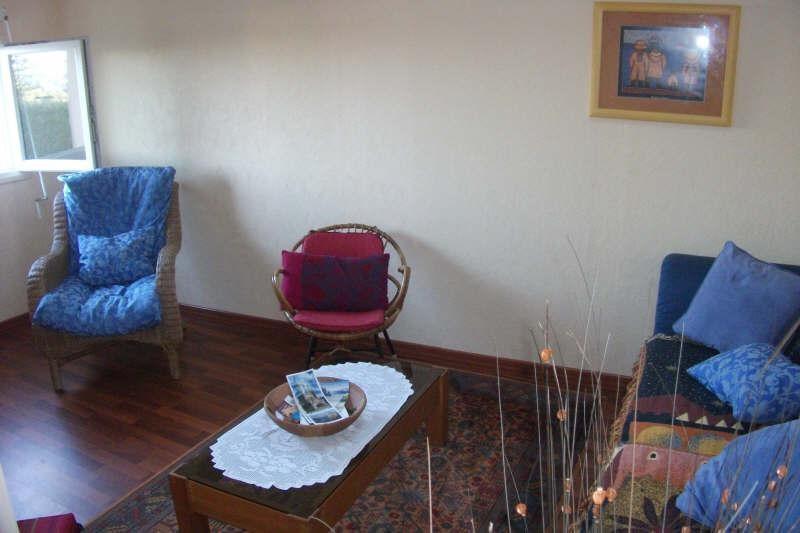 Sale house / villa Pont croix 94500€ - Picture 4