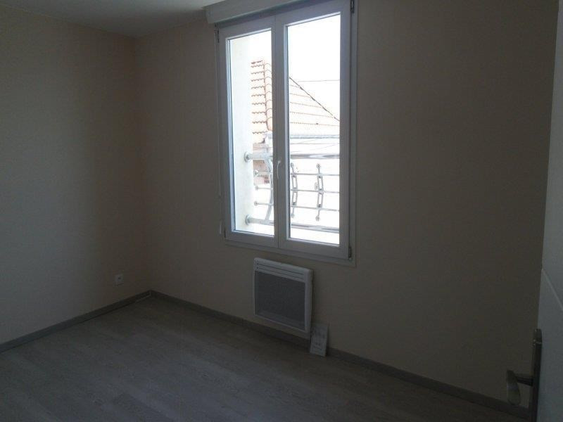 Rental apartment Saint andre les vergers 450€ CC - Picture 3