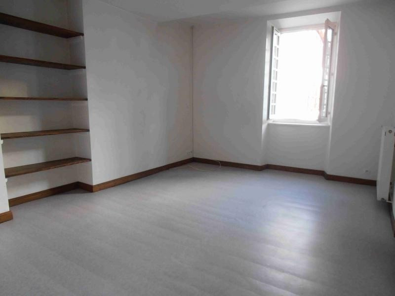 Location appartement Tardets sorholus 410€ CC - Photo 2