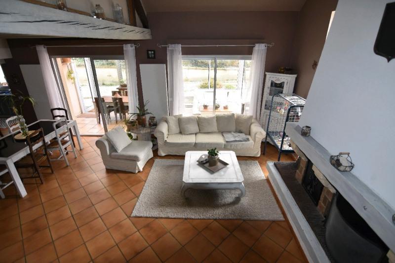 Sale house / villa Neuilly en thelle 274000€ - Picture 3