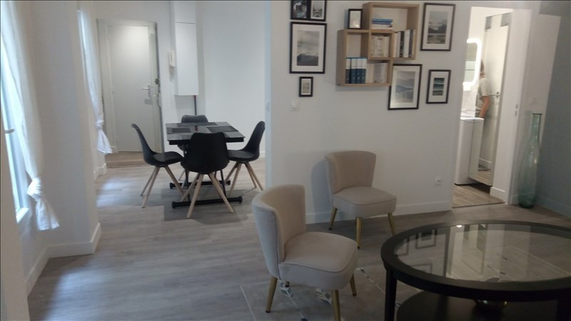 Location appartement Paris 2ème 1 800€ CC - Photo 1