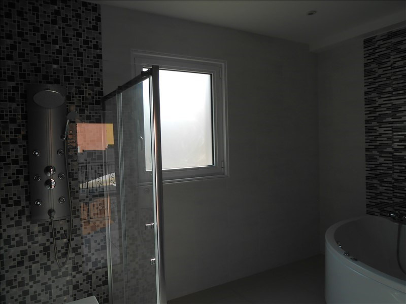 Deluxe sale house / villa Antibes 890000€ - Picture 4