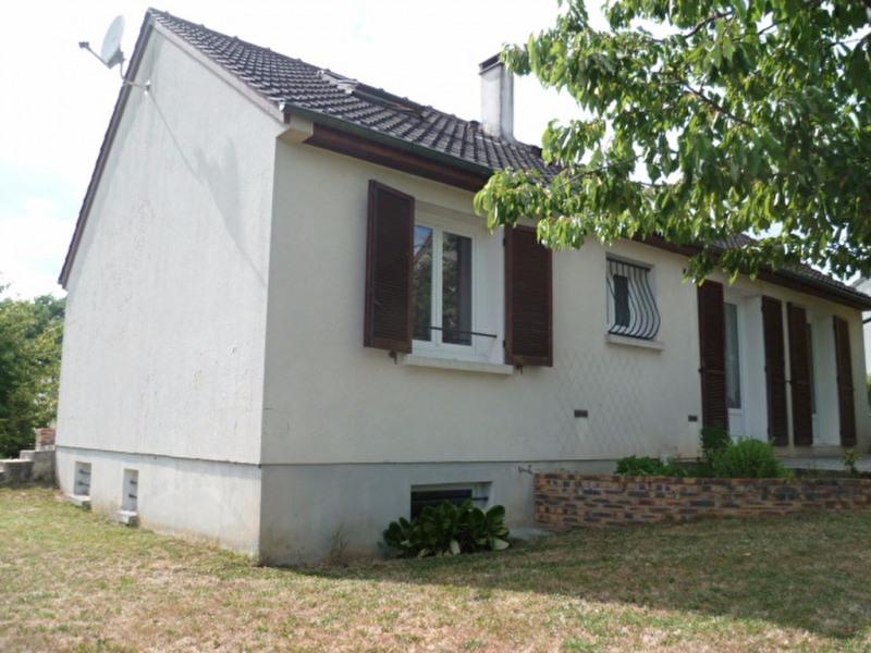 Sale house / villa Mouroux 230000€ - Picture 2