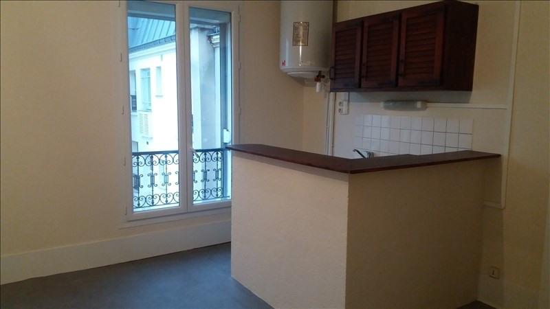 Locação apartamento Paris 10ème 838€ CC - Fotografia 4