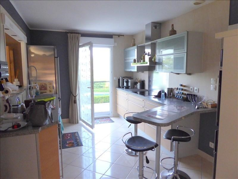 Vente maison / villa Thoiry 575 000€ - Photo 2