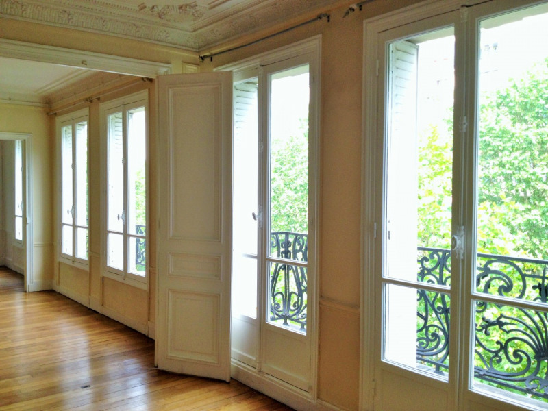 Location appartement Paris 14ème 4 570€ CC - Photo 3