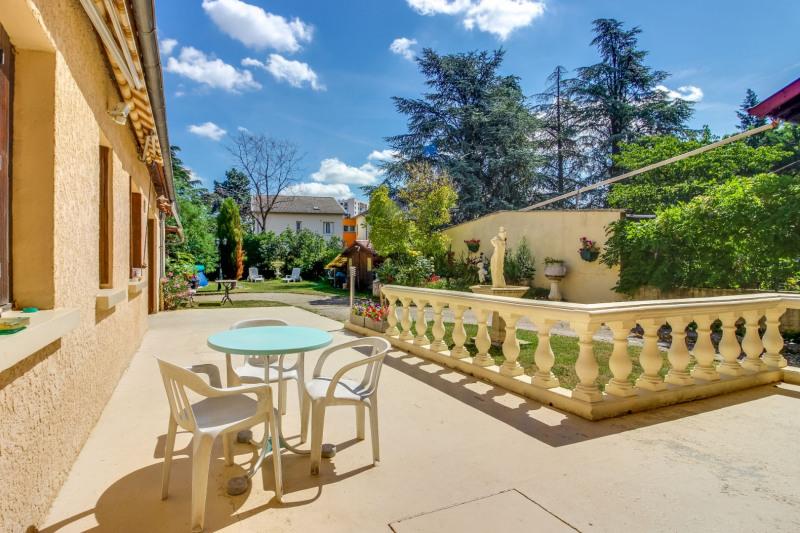 Sale house / villa Saint priest 399000€ - Picture 2